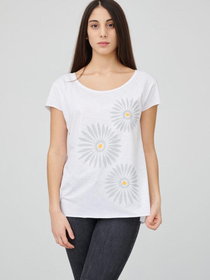 womens_back-slit_rosettes_white_front_inspira