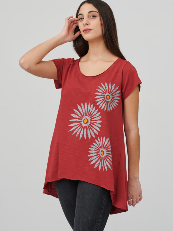 womens_tunic_rosettes_firebrick-red_front_inspira
