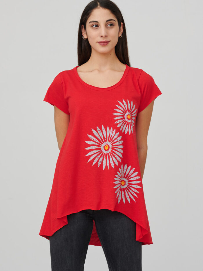 womens_tunic_rosettes_red_front_inspira