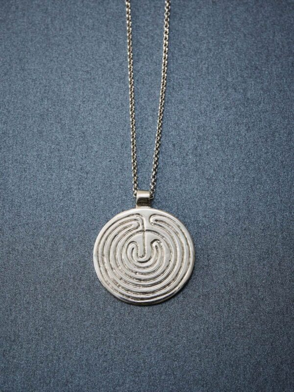 necklace_big-labyrinth_inspira